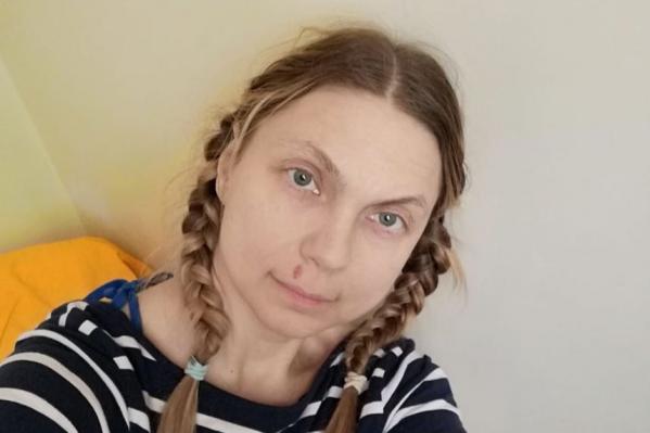 Лариса Кинслер в больничной палате