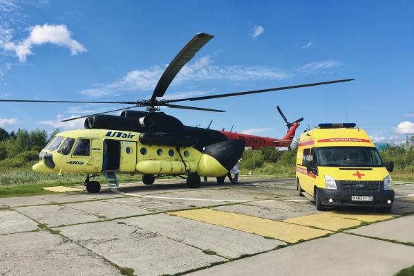 Малыш родился на борту вертолета, который перевозил беременную в перинатальный центр