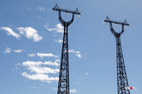 Рабочие просят время на ремонт оборудования и линий электропередачи