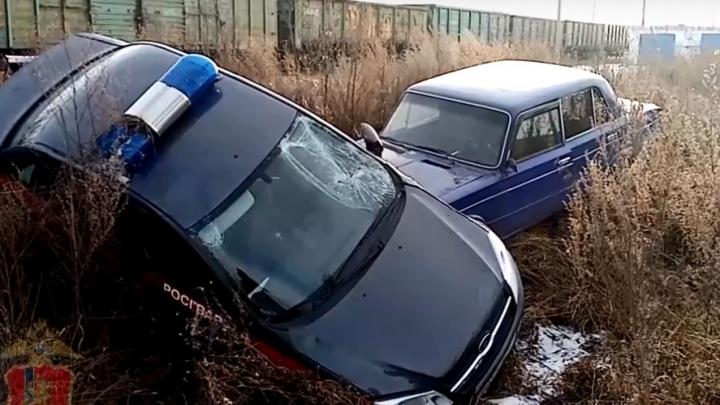В Ужуре патрульная машина перевернулась во время погони за нарушителем: видео