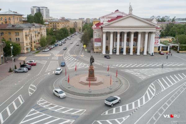 Памятник хотят вынести на пешеходную зону площади