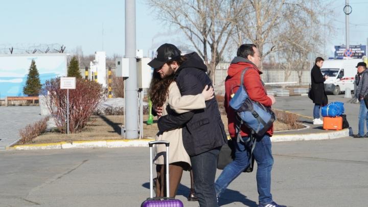 Новый пациент с коронавирусом прилетел в Омск из Армении
