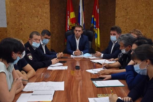 Из-за ЧП на водоканале в мэрии созвали экстренное совещание комиссии по чрезвычайным ситуациям