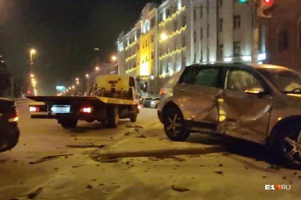 Volkswagen Tiguan получил серьезные повреждения<br>