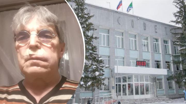 На сотрудника мэрии Бердска составили протокол за избиение журналиста — на работе его наказывать не стали