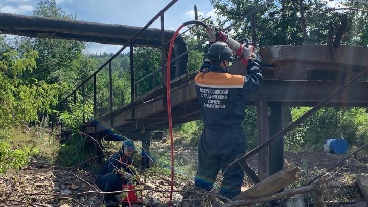 В Нижних Сергах, пострадавших от мощного ливня, откачали воду и восстановили ЛЭП