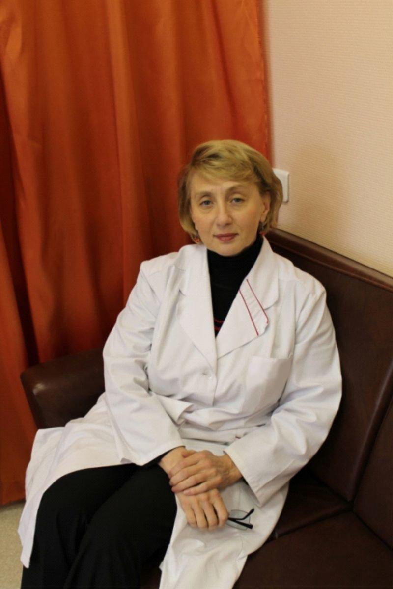 На фотозаведующая кафедрой акушерства и гинекологии УГМУ Татьяна АнатольевнаОбоскалова