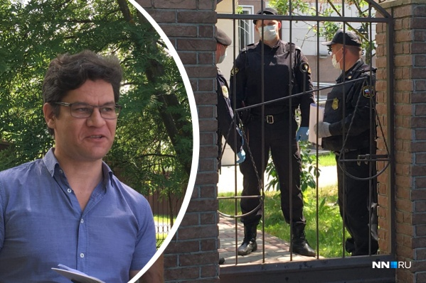 Александр Пичугин явился в суд, везде на территории выставлено много полицейских