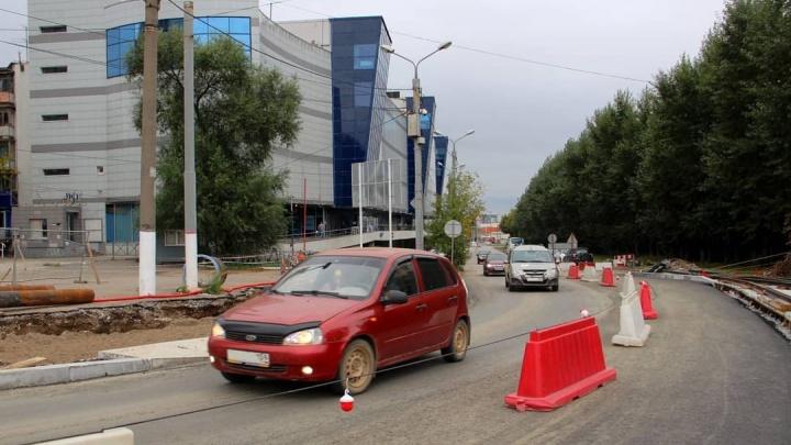 В Перми на перекрестке улиц Революции и Куйбышева частично открыли движение