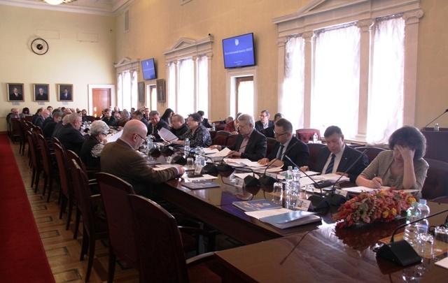 Организациям Башкирии предложили разрешить сотрудникам работать из дома