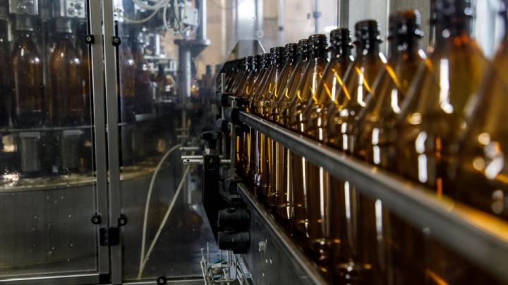 Только в закупоренной бутылке: из-за пандемии коронавируса в Волгограде закрывают пивные ларьки