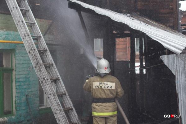Борьба с огнём продолжалась почти 5 часов