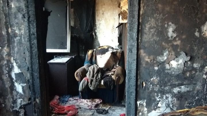 «Уезжать не стали, потому что некуда»: волгоградцы встретят Новый год в выгоревшем аварийном доме