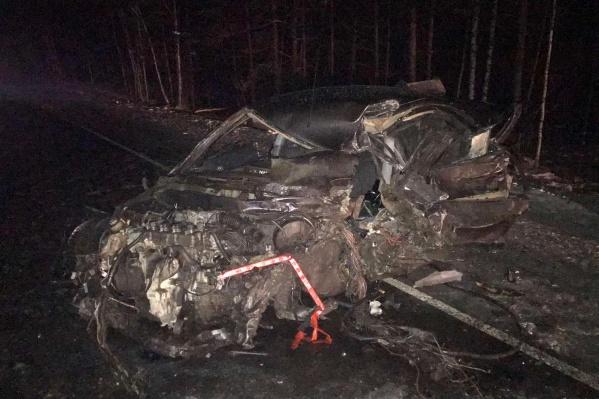 Водителя Nissan спасти не удалось
