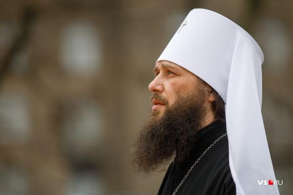 Литургию и крестный ход возглавил митрополит Волгоградский и Камышинский Феодор