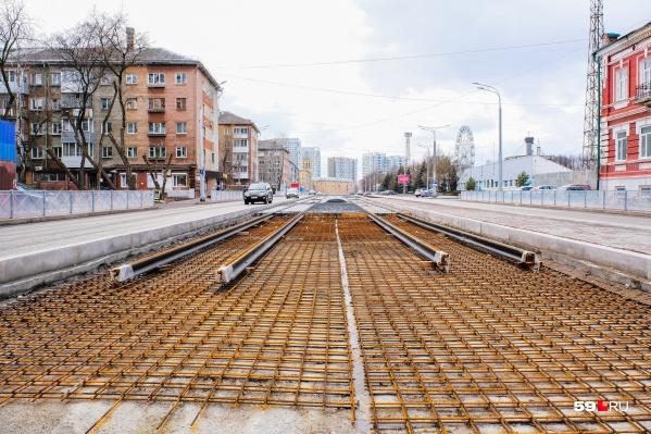 Движение на перекрестке Сибирской и Революции закроют больше, чем на два месяца