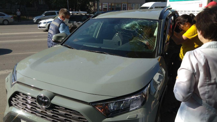 Разбила головой лобовое стекло: девушка-водитель пострадала в ДТП на Гоголя