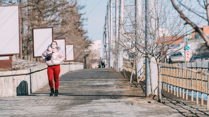 «Без масок не входить»: хроники коронавируса в Омске