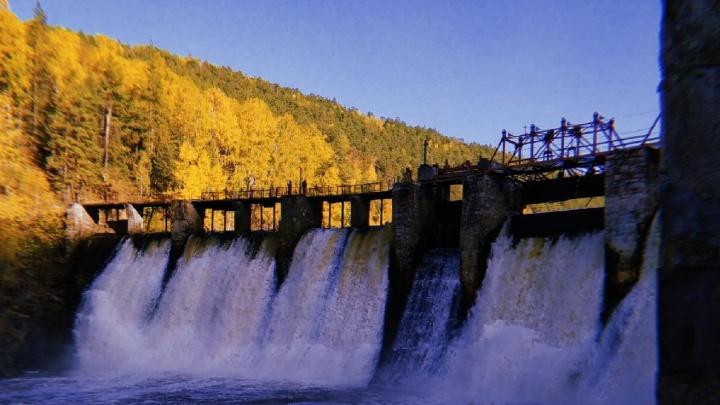 Активисты привели в порядок самую знаменитую на Урале ГЭС. Смотрите, как там красиво