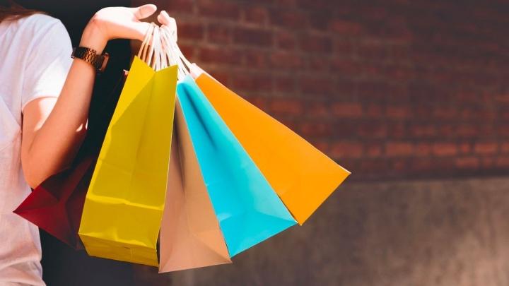 Нужно спешить: новосибирцы смогут купить два товара, а получить три