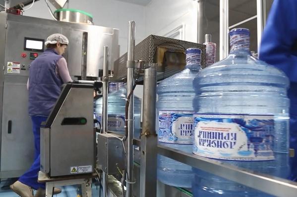 Благодаря комплексному подходу ростовчане получают чистую полезную воду в офисы и квартиры уже на следующий день<br>