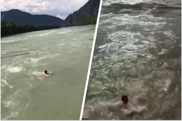 На кадрах видно, что на реке было сильное течение
