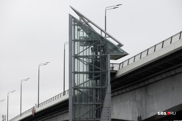 Власти пообещали, что лифты заработают к майским праздникам