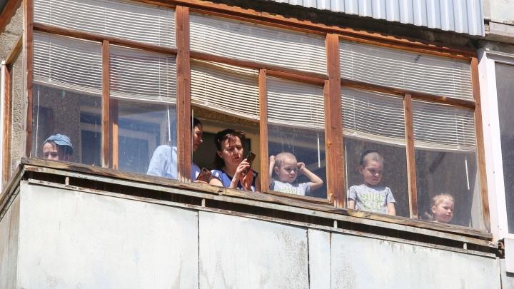 «Столкнулись с глобальными трудностями»: как в Ярославле выдают «коронавирусные» пособия на детей