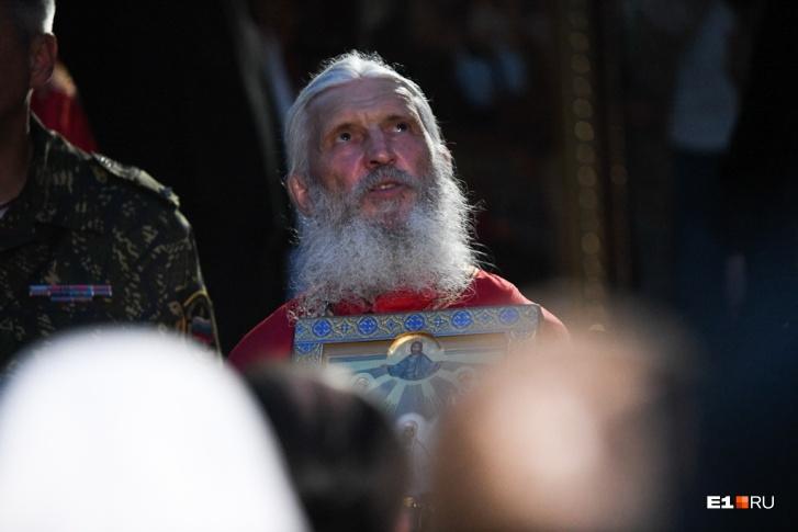 Отец Сергий едва ли признает проблемы с психикой, уверен Олег Забродин