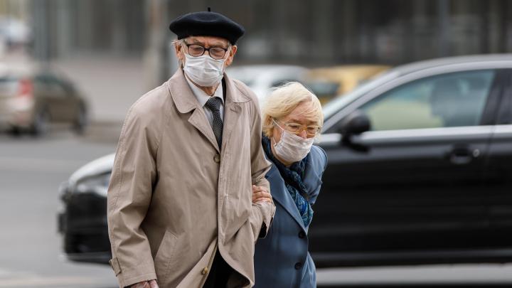 Маски, перчатки и протоколы со штрафами: хроники коронавируса в Волгограде