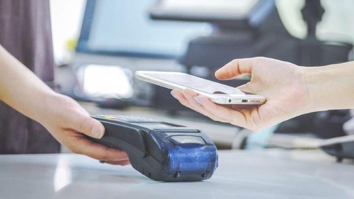 Сервис Apple Pay стал доступен держателям карт «Мир» ВТБ