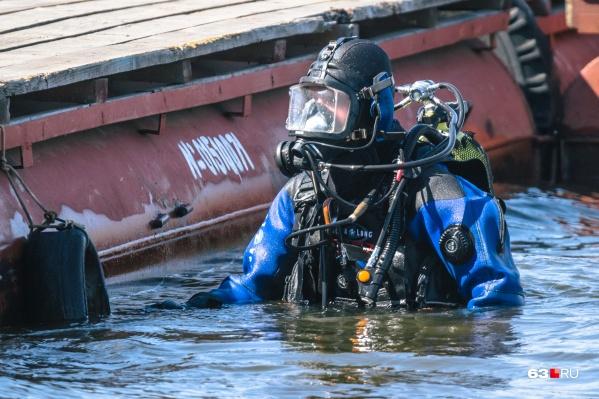 Утонувших в Волге искали водолазы областной спасательной службы