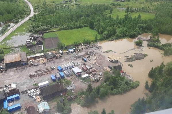 10 населенных пунктов затопило в результате паводков в крае