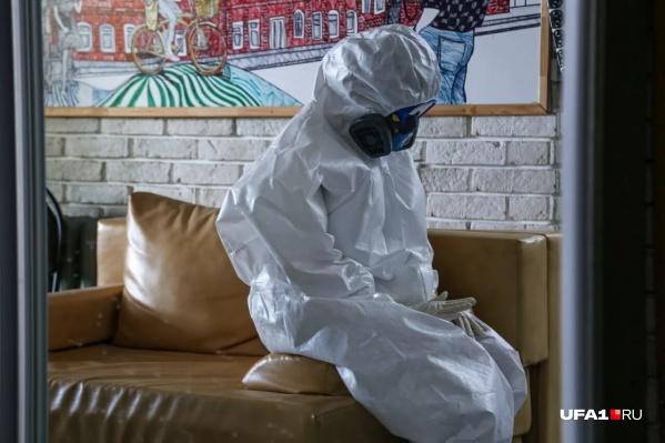 От вируса погибли уже 11 новосибирских медиков. Где и как они заразились — доподлинно неизвестно