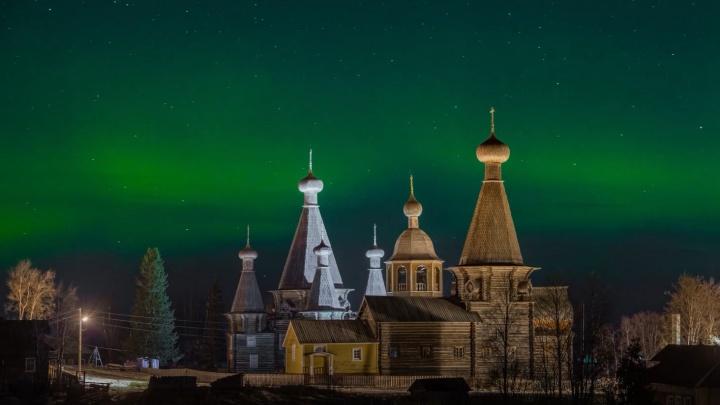 Эпично, как в фэнтези: смотрим на северное сияние над окрестностями Архангельска и Северодвинска
