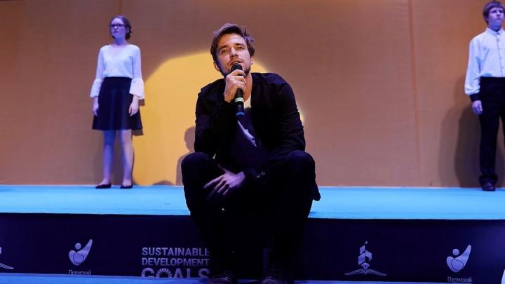 Актер Александр Петров выступит с моноспектаклем на фестивале «Лампа» в Перми