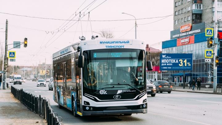 В Омске резко подняли тарифы на проезд. Объясняем, почему и что в них входит