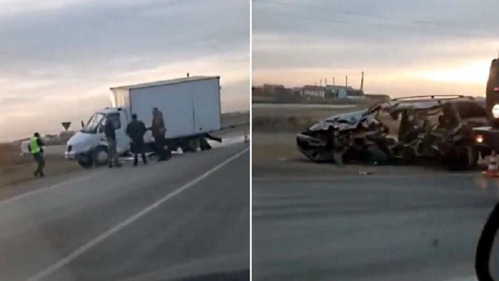 В аварии на Русско-Полянском тракте погиб 22-летний пассажир иномарки