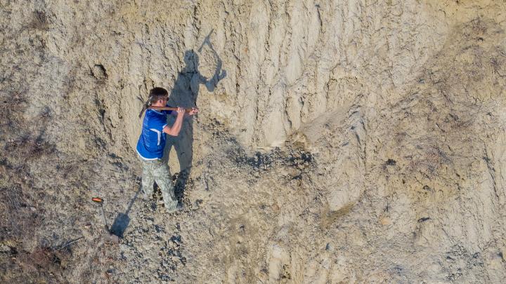 «Здесь был настоящий ад»: поисковики со всей России ищут под Волгоградом таинственный подземный бункер