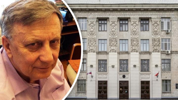 «Он даже не выходил из дома»: в Волгограде коронавирус убил известного профессора