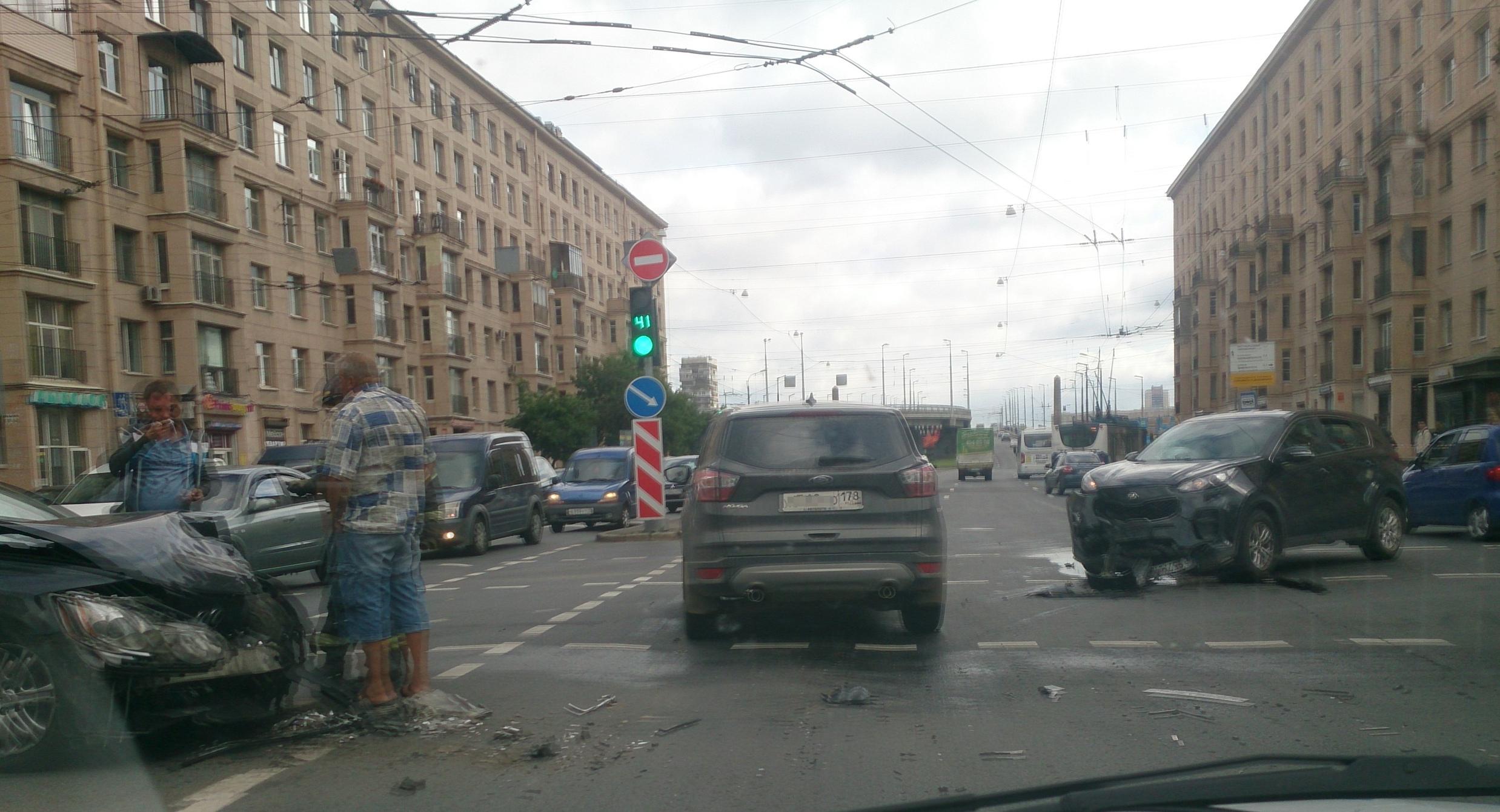 ДТП на Ивановской улице.