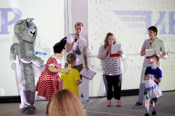 Добрый проект «Дети детям» дал старт регулярным благотворительным инициативам специализированного застройщика «Икар»<br>