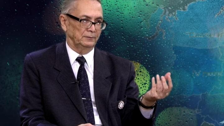 Новосибирский синоптик Ренад Ягудин уходит в отставку после 57 лет работы — он дал сотни прогнозов погоды читателям НГС