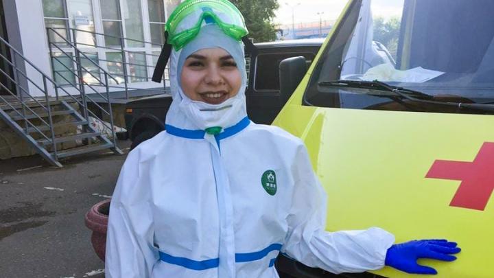 «Мы думали, что это кошмар, но сейчас стало еще хуже»: история медсестры омской скорой