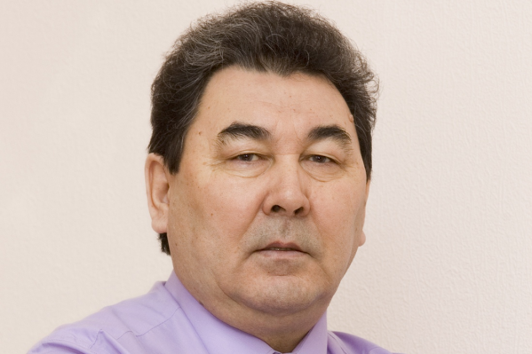 Расих Агзамович— заслуженный металлург Республики Башкортостан