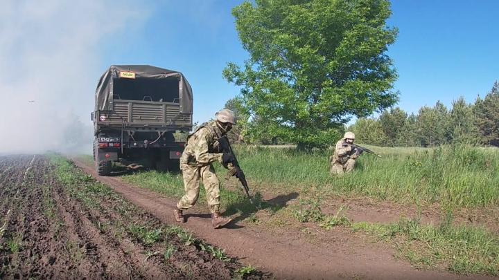 Под Самарой спецназ обезвредил боевиков «печенегами»
