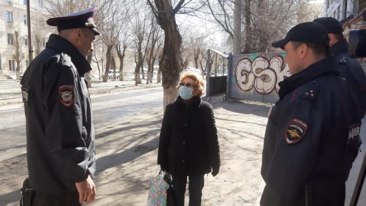Волгоградская полиция разгоняет по домам тех, кто спутал карантин с выходными