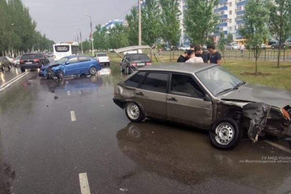 Спровоцировал аварию молодой водитель «девятки»