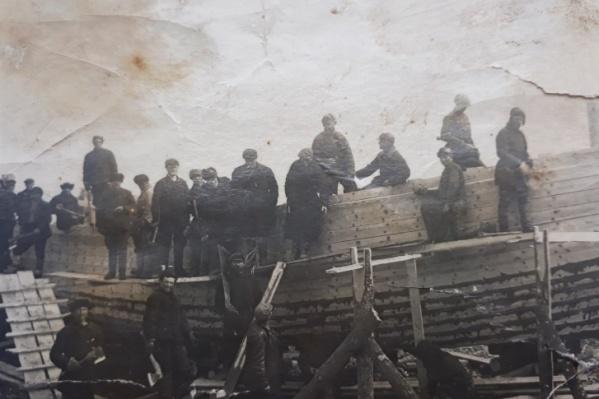 Солдаты не только воевали, но и строили корабли