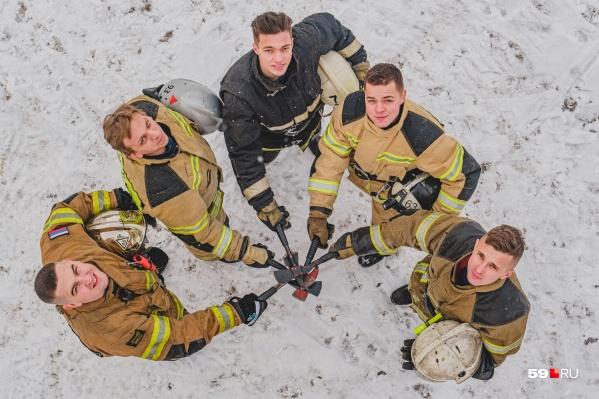 Боевое братство: здесь пожарные из Лысьвы, Александровска, Перми, Губахи и Соликамска